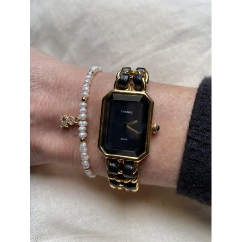 Bracelet L'Esperluette en Plaqué Or Jaune, perles de nacre blanches & zircons
