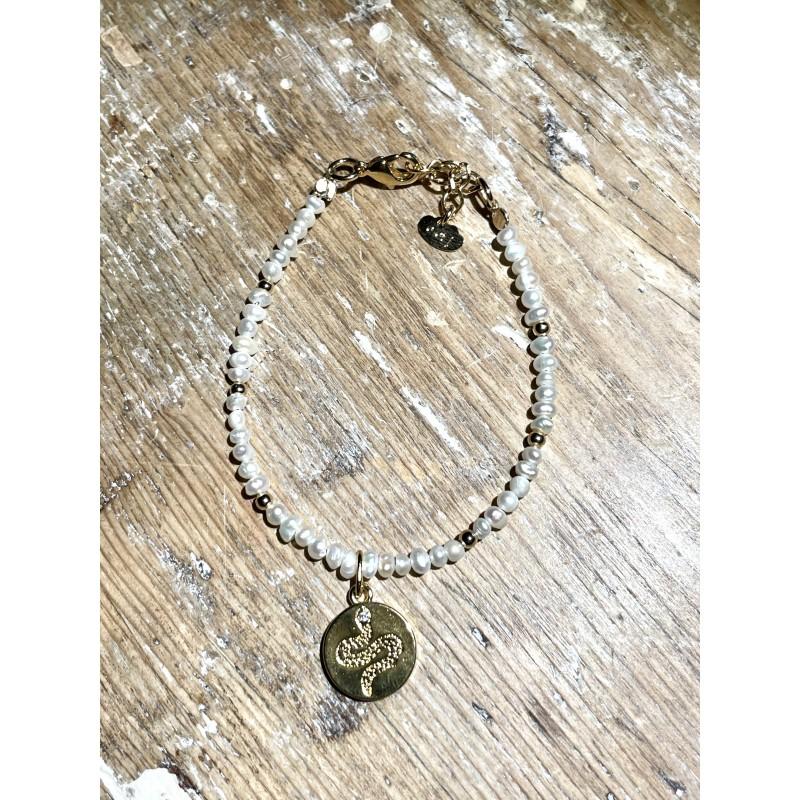 Bracelet Le Python en Plaqué Or Jaune, perles de nacre blanches & zircons